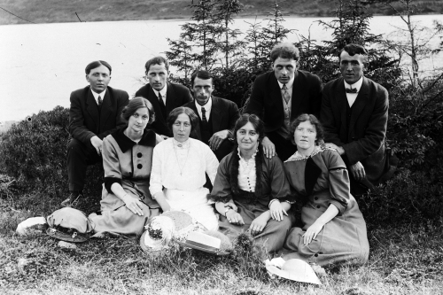 Group Portrait by John Staples c.1900